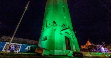 El Municipio de Río Grande iluminó sus edificios emblemáticos de color verde